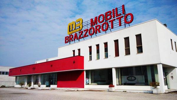 Mobili Brazzorotto è da oltre 60 anni il punto di riferimento nella provincia di rovigo per cucine, camere e arredo casa